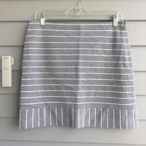 HAZZYS Gray Striped Knit Skirt 160/72A 38 NEW!